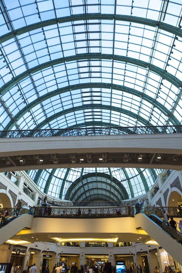 Binnenland van de Wandelgalerij van de Emiraten in Doubai royalty-vrije stock fotografie