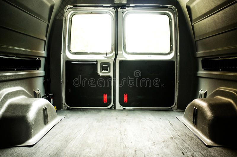 Binnenland van een lege Ladingsbestelwagen royalty-vrije stock fotografie