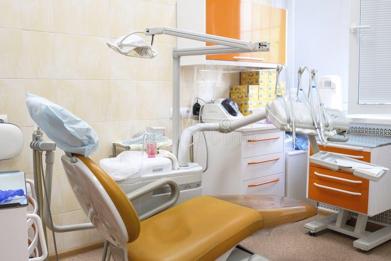 Binnenland van een stomatologic kliniek royalty-vrije stock afbeelding