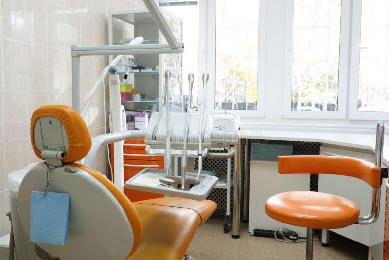 Binnenland van een stomatologic kliniek stock foto's