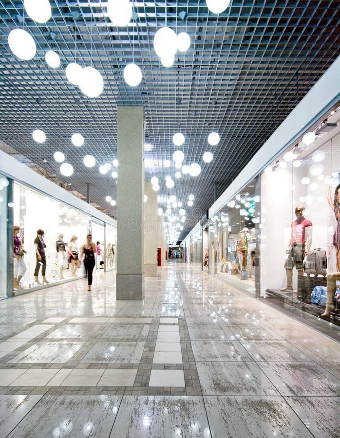 Binnenland van een winkelend centrum royalty-vrije stock afbeeldingen