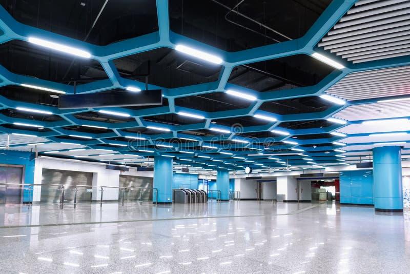 Binnenland van het moderne systeem van de architectuur commerciële de bouw geleide verlichting royalty-vrije stock foto's