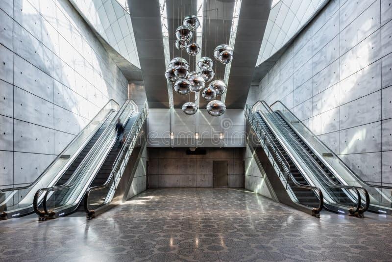 Binnenland van het Ondergrondse Station van Triangeln in Malmo, Zweden stock fotografie
