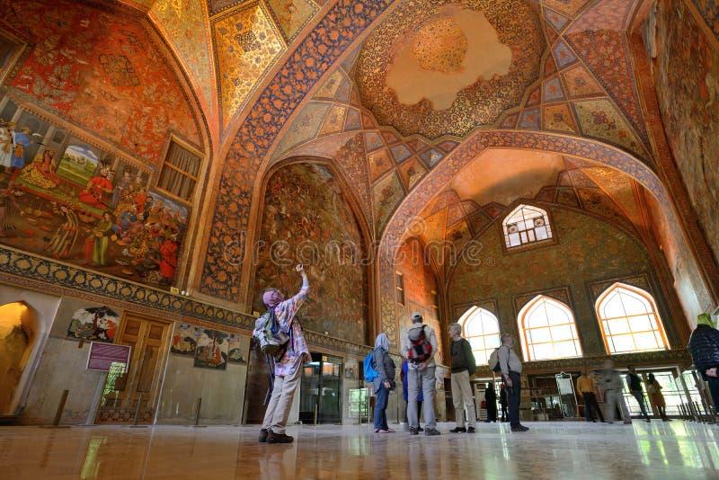 Binnenland van het paleis van Chehel Sotoun in Isphahan, Iran royalty-vrije stock foto