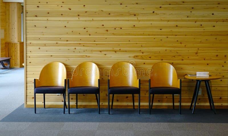 Binnenland van houten hotelhal in Akita, Japan royalty-vrije stock foto's