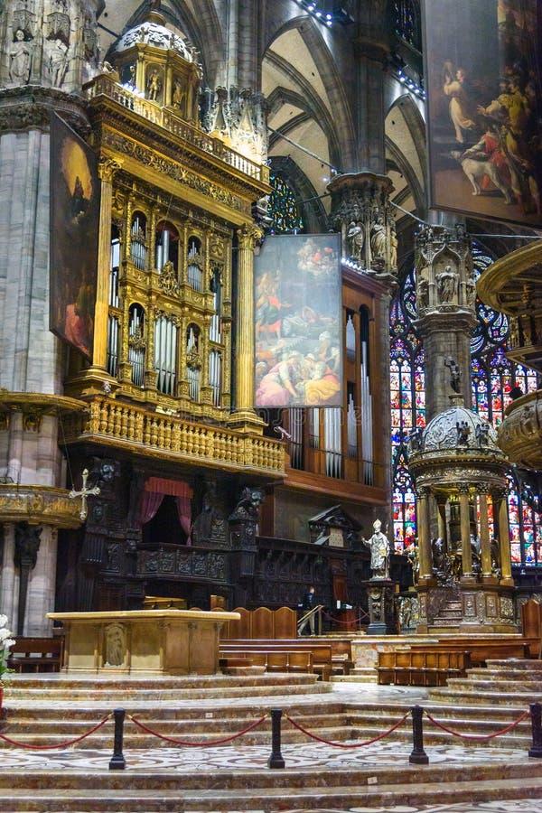 Binnenland van Kathedraal of Duomo-Di Milaan in Milaan Itali? stock foto
