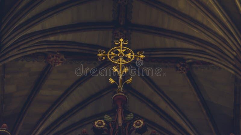 Binnenland van Lichfield-Kathedraal - de Details van het Kruisbeeldscherm - Decorat royalty-vrije stock fotografie