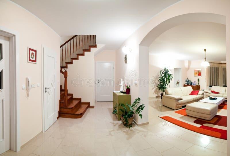 Binnenland van modern huis stock afbeeldingen