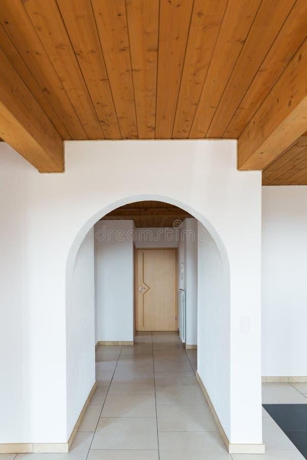 Binnenland van modern huis, niemand binnen stock fotografie