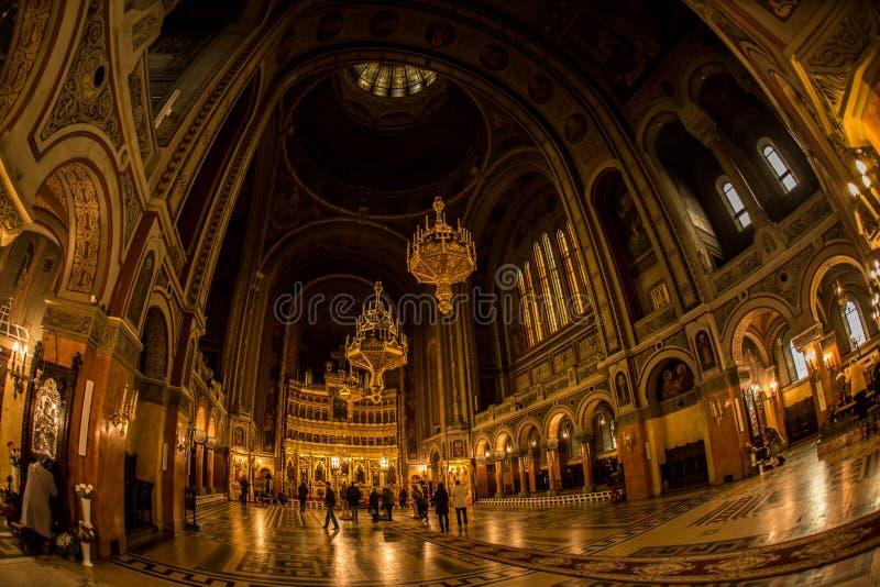 Binnenland van Mooie Orthodoxe Kathedraal in Timisoara stock afbeeldingen
