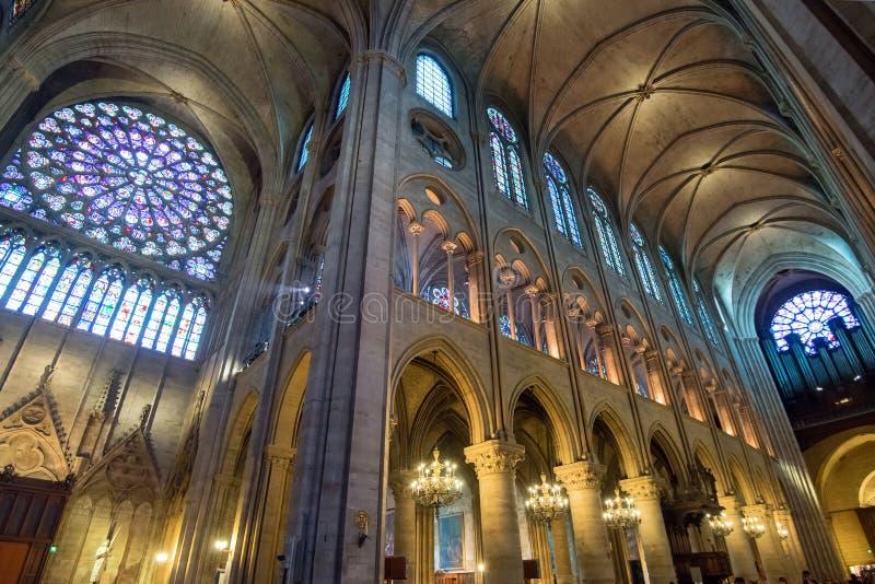 Binnenland van Notre Dame de Paris royalty-vrije stock foto