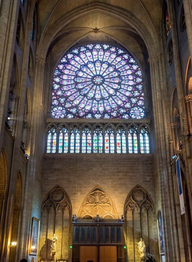 Binnenland van Notre Dame de Paris royalty-vrije stock foto's