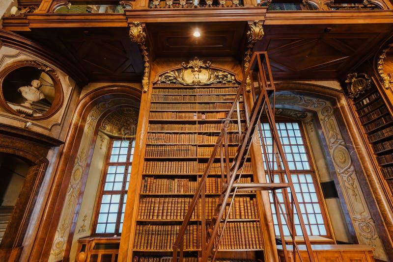 Binnenland van Oostenrijkse Nationale Bibliotheek royalty-vrije stock foto's