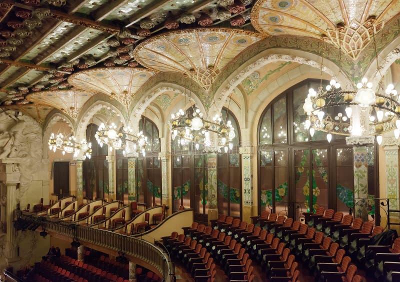 Binnenland van Paleis van Catalaanse Muziek in Barcelona stock foto's