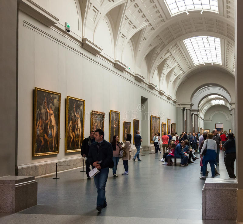 Binnenland van Prado-museum. Madrid stock afbeeldingen