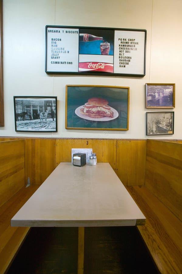 Binnenland van restaurant in Luchtig Onderstel, royalty-vrije stock foto