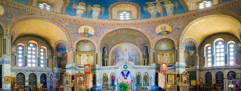 Binnenland van Russische orthodoxe kerk Één van het district in Moskou stock afbeelding