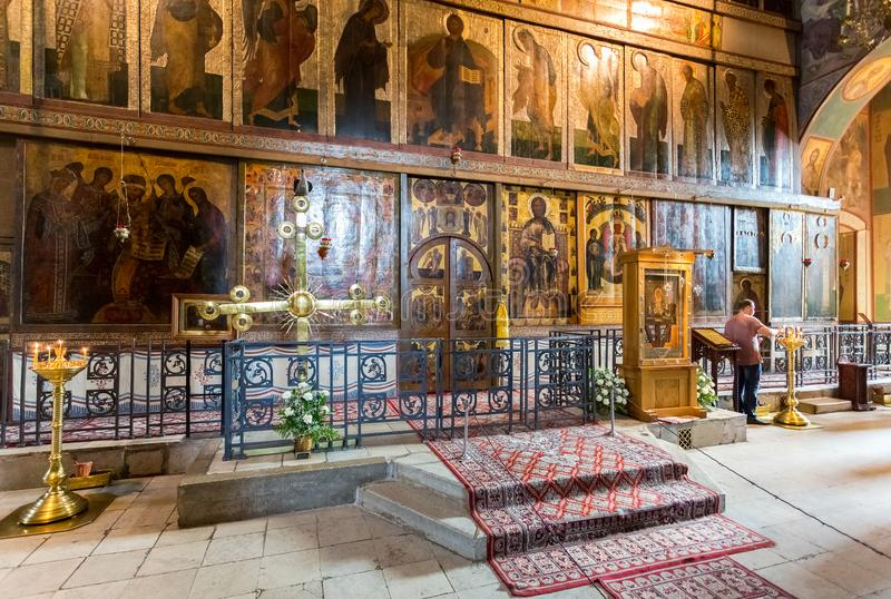 Binnenland van Russische orthodoxe St Sophia Cathedral in Veliky royalty-vrije stock afbeelding