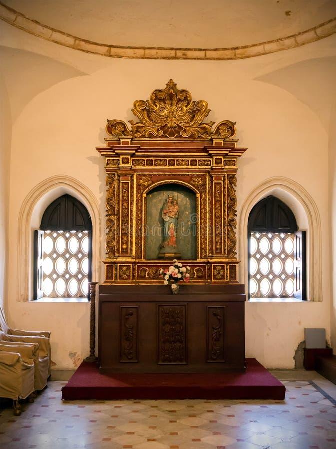 Binnenland van Santo Domingo-kathedraal royalty-vrije stock fotografie
