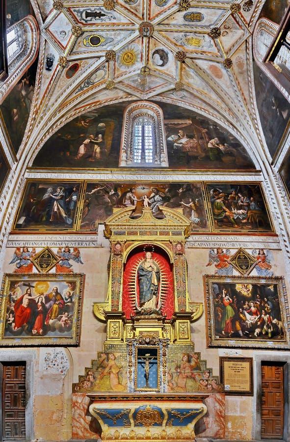 Binnenland van Segovia Kathedraal, Spanje stock afbeeldingen