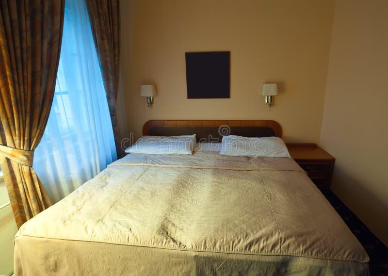 Binnenland van slaapkamer stock afbeeldingen