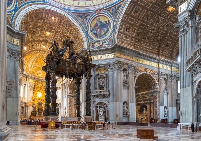 Binnenland van St Peter Basiliek in Rome royalty-vrije stock foto