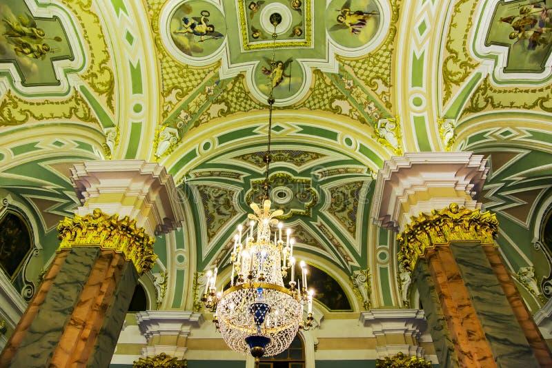 Binnenland van St Peter en Paul Cathedral stock fotografie