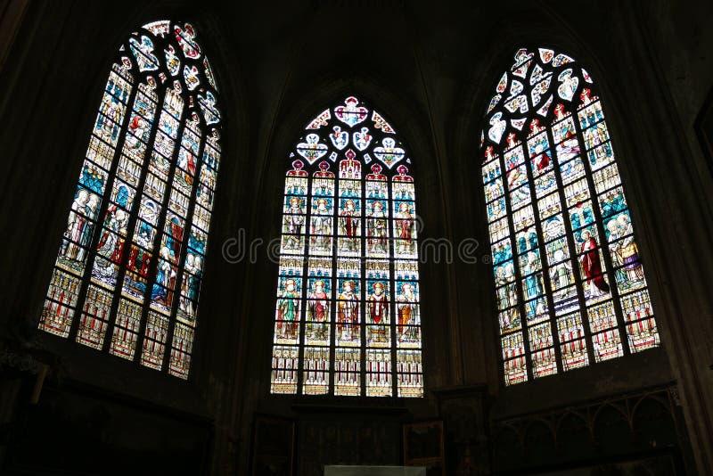 Binnenland van St Salvator Kathedraal, Brugge, België stock afbeeldingen