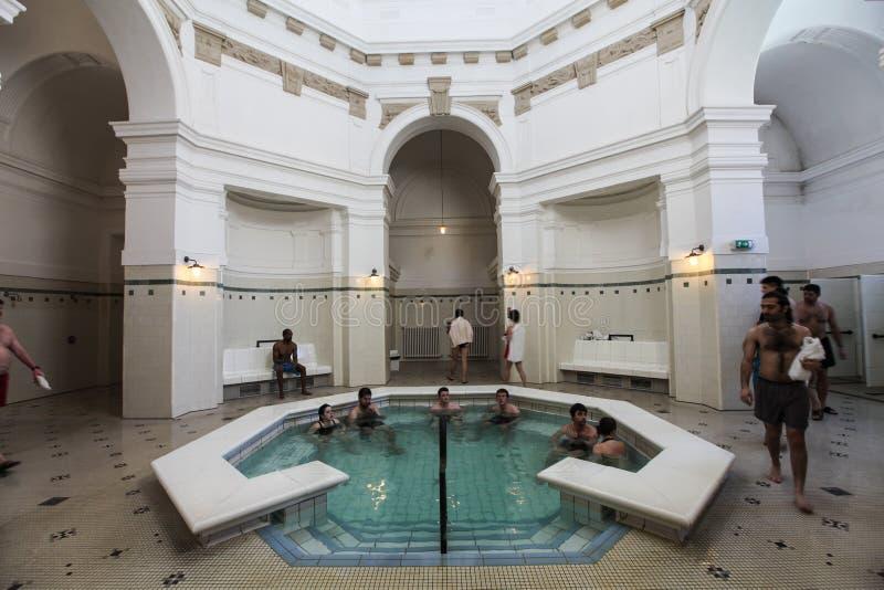 Binnenland van Szechenyi Spa (Bad, Therms) in Boedapest royalty-vrije stock foto