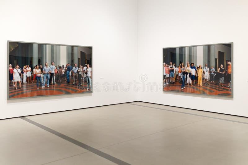 Binnenlands Kunstwerk van Breed Eigentijds Art Museum royalty-vrije stock afbeeldingen