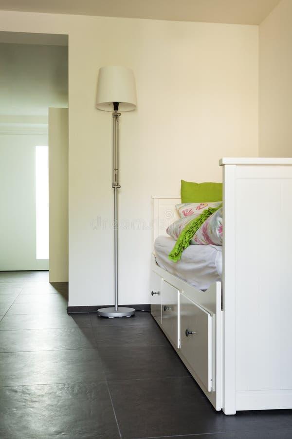 Binnenlands modern huis, ruimte royalty-vrije stock afbeeldingen