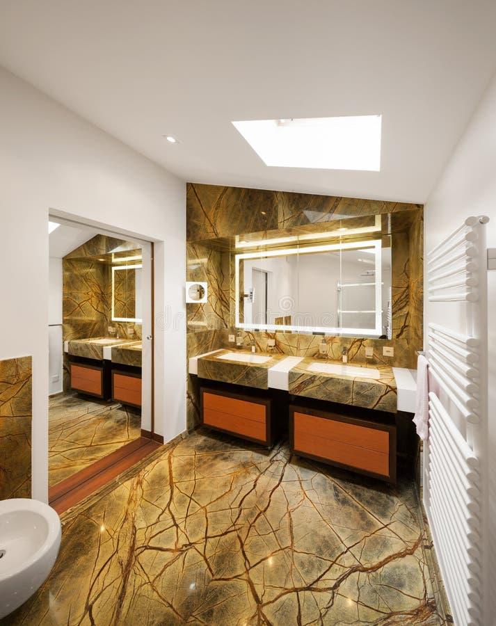 Binnenlands ontwerp, luxebadkamers royalty-vrije stock afbeeldingen