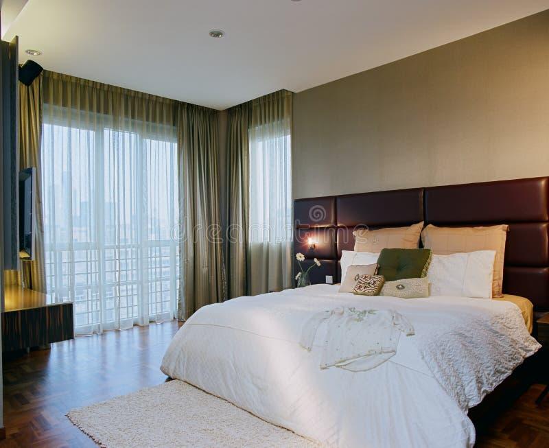 Binnenlands ontwerp - slaapkamer stock afbeelding