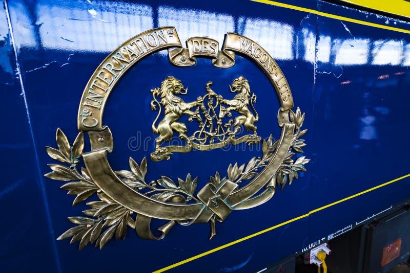 Binnenlands vervoer van het treincompartiment in het museum van de spoorweg in Madrid stock foto's