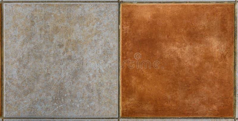 Binnenlandse of buitenbadkamers of keuken vierkante keramische tegels stock foto