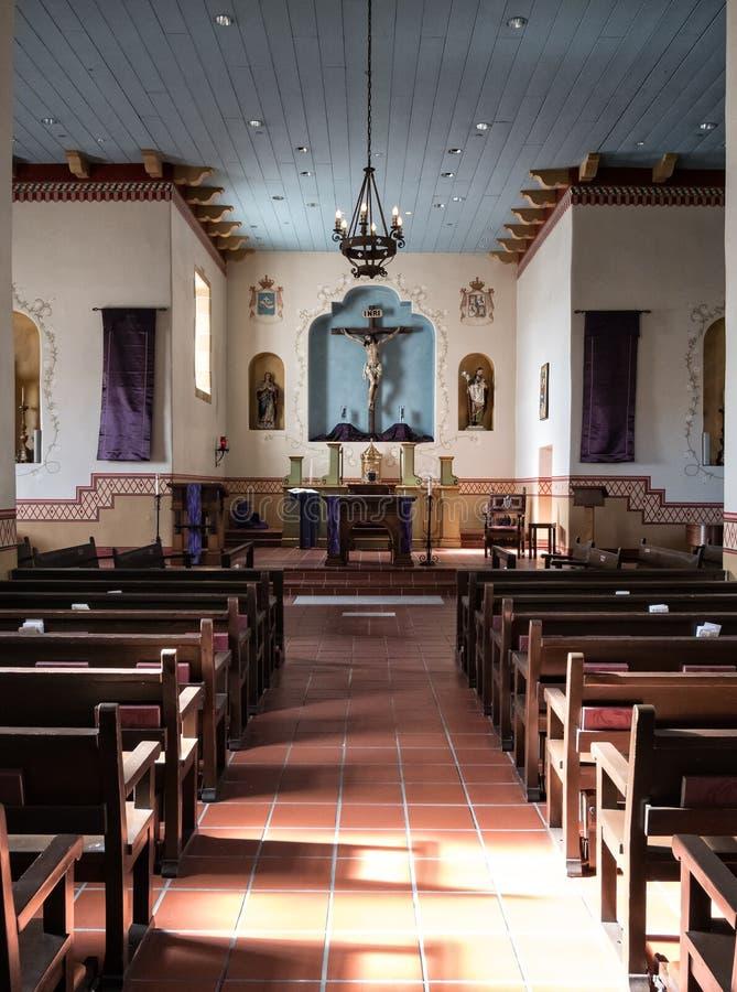 Binnenlandse details, San Carlos Cathedral, Monterey, Californië stock foto