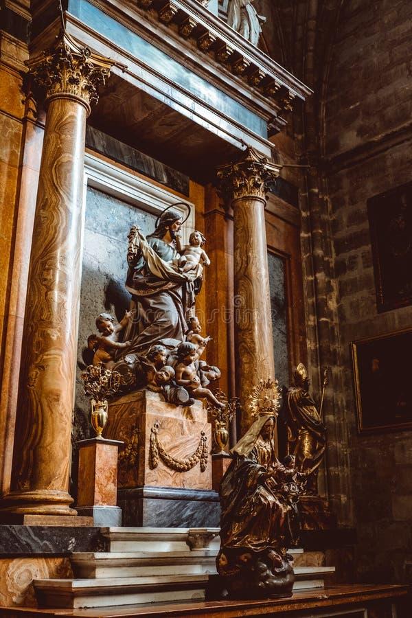 Binnenlandse Kathedraal van Sevilla -- Kathedraal van Heilige Mary van See, Andalusia, Spanje royalty-vrije stock foto