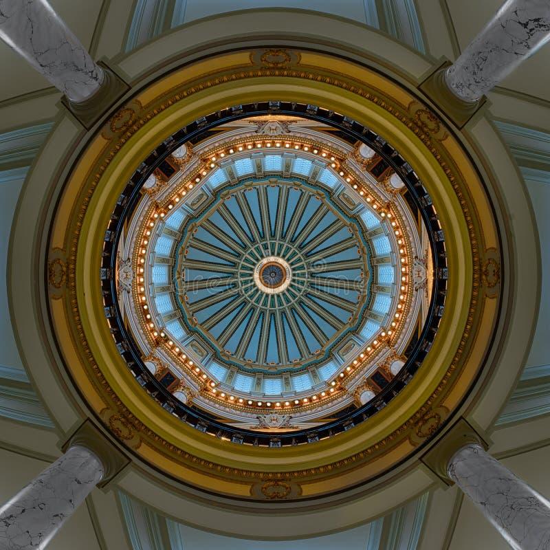 Binnenlandse koepel van het Capitool van de Mississippi stock afbeelding