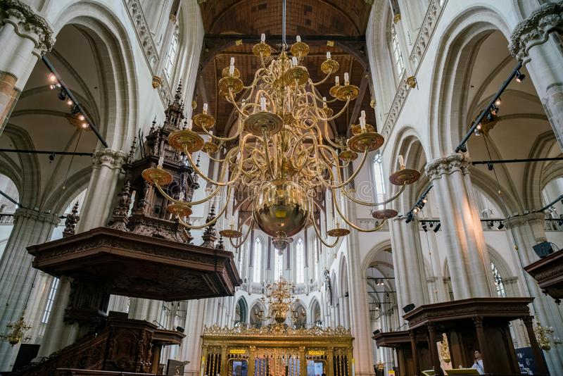 Binnenlandse mening van de Nieuwe Kerk stock afbeeldingen