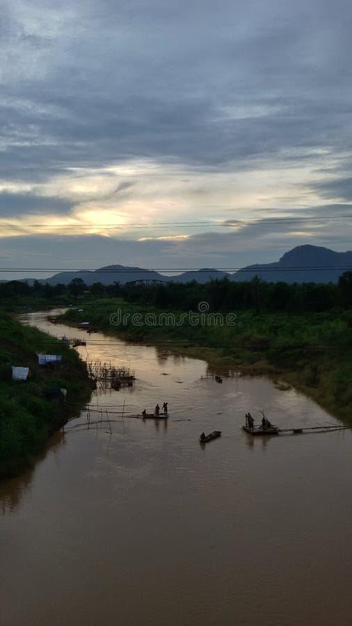 binnenlandse visserij van Pasak-rivier stock afbeelding