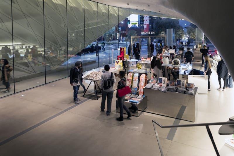 Binnenlandse Winkel van Breed Eigentijds Art Museum stock afbeeldingen