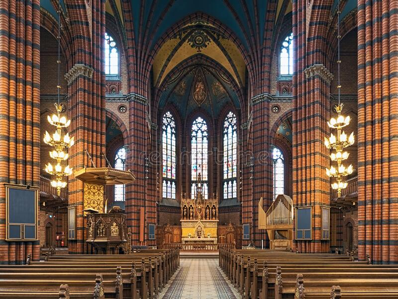 Binnenlandse Zaken van de Sint-Janskerk in Stockholm, Zweden royalty-vrije stock afbeeldingen