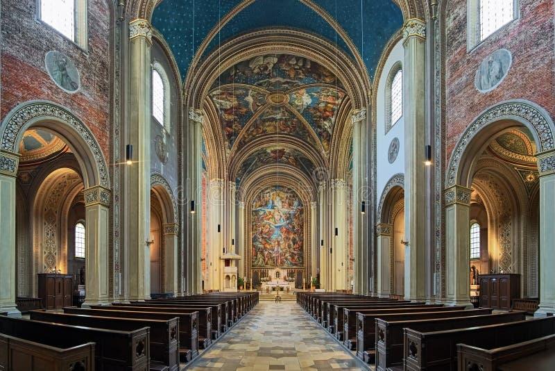 Binnenlandse Zaken van Ludwigskirche in München, Duitsland royalty-vrije stock foto