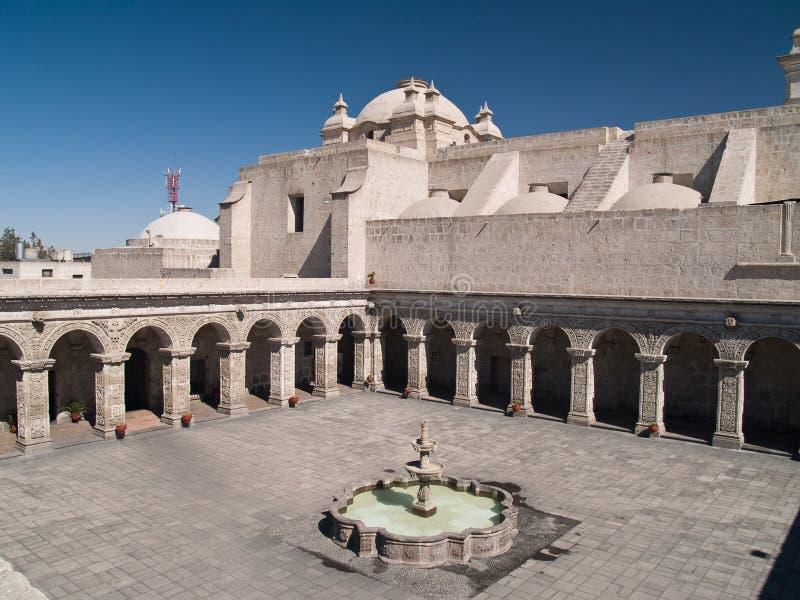 Binnenplaats in Arequipa, Peru stock afbeeldingen