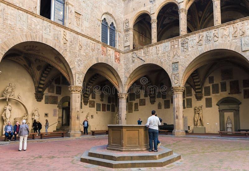 Binnenplaats in Bargello, als Museo Nazionale ook binnen wordt bekend die royalty-vrije stock fotografie