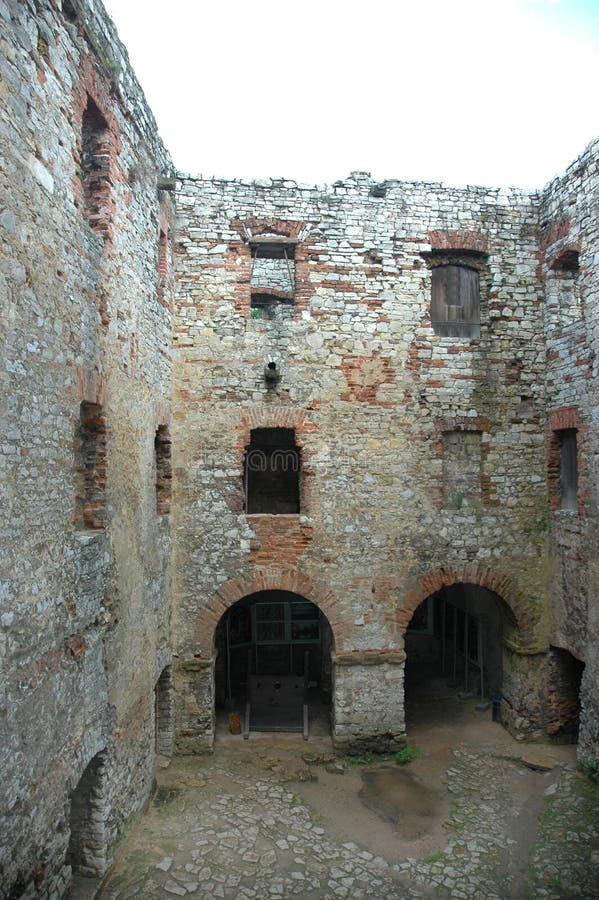 Binnenplaats van kasteel royalty-vrije stock fotografie