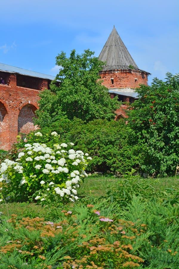 Binnenplaats van Zaraysk het Kremlin royalty-vrije stock foto