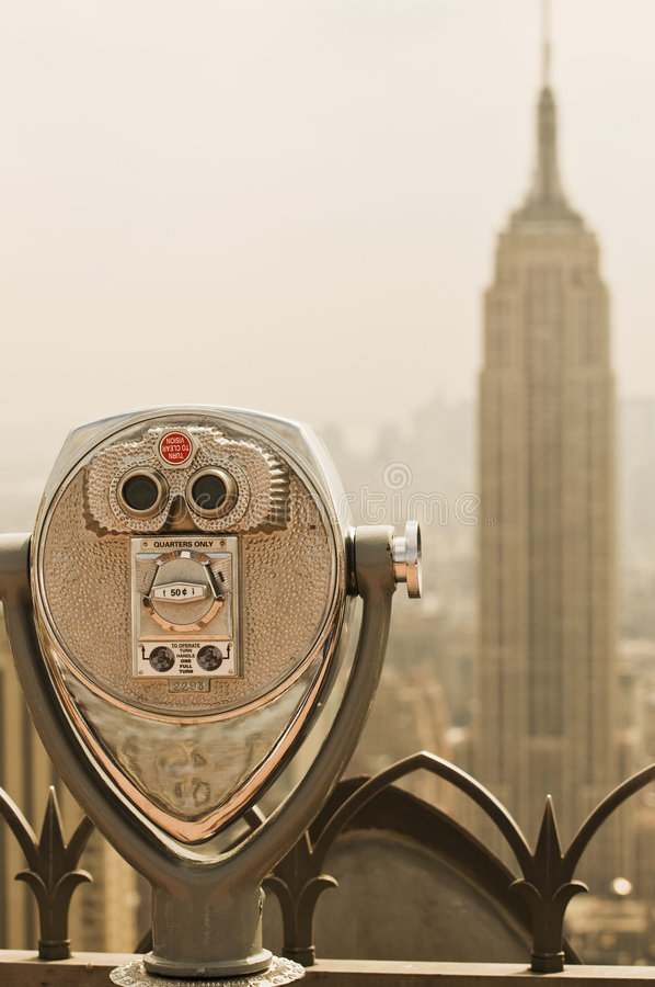 Download Binoculars Viewing The Empire State Building Editorial Photography - Image: 5970727