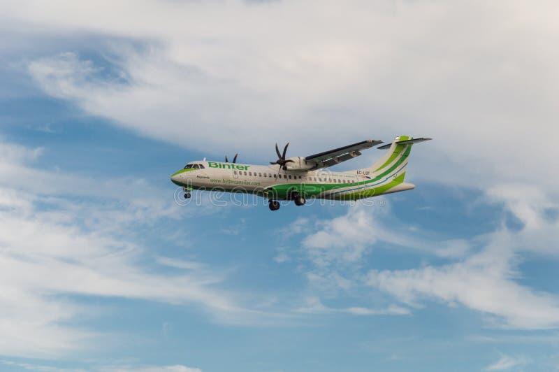 Binter flygbolagflygplan royaltyfri fotografi
