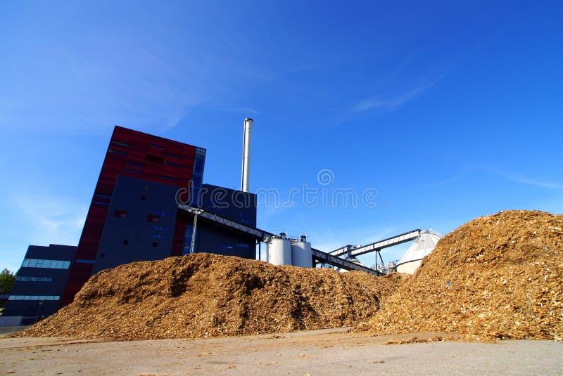 Bio almacenamiento de combustible en la central eléctrica fotos de archivo